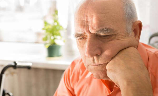 How To Manage Dementia Sufferers With Anxiety or Depression