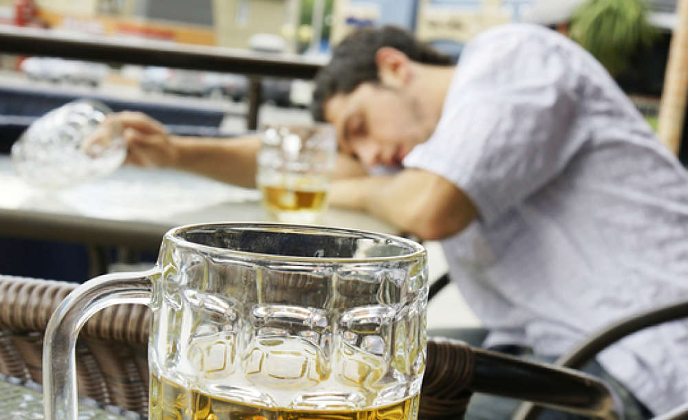 Risk Puts Anxiety At College Who Social Drink Students
