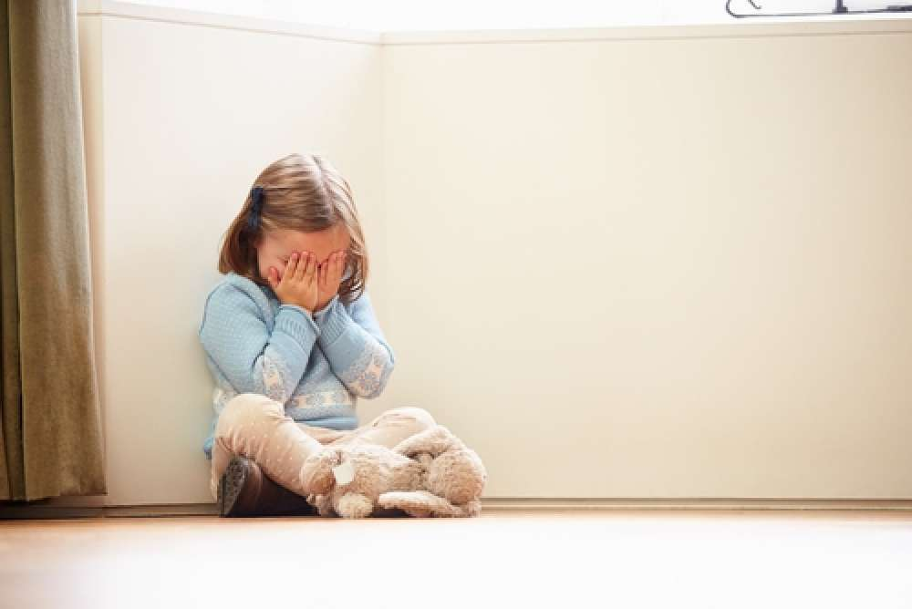 Abused Children Carry Trauma In Their >> Childhood Trauma Predicts Your Adult Personality